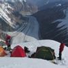Палатки 2-го лагеря. Фото из архива М. Жумаева